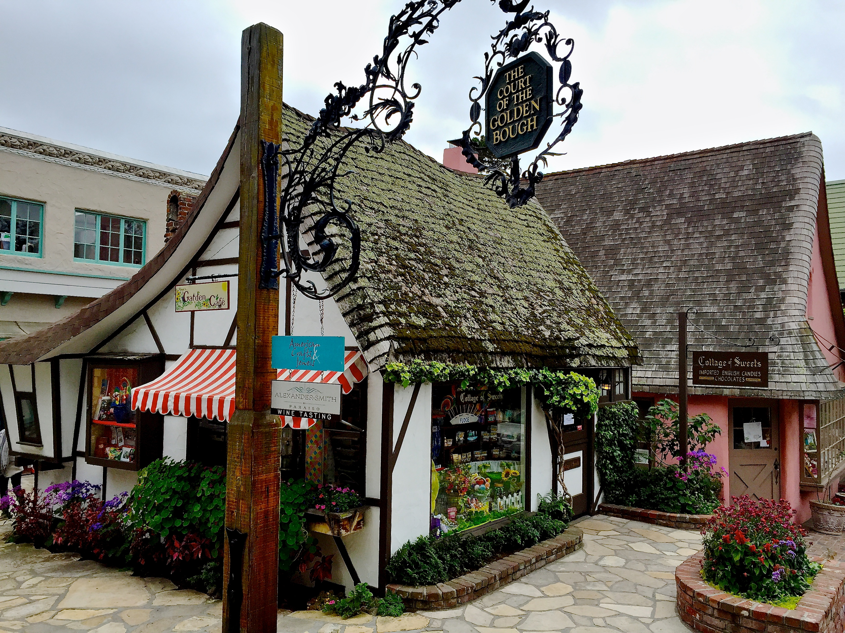 Shops and galleries, Carmel-by-the Sea, Californa