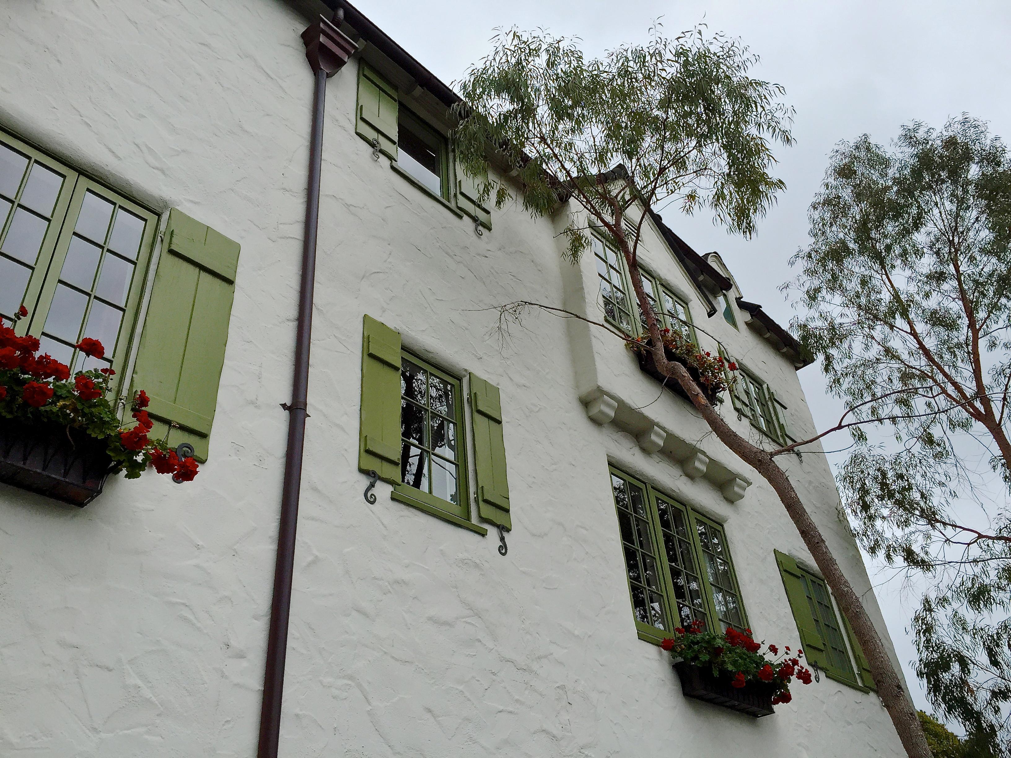 L'Auberge Carmel Hotel