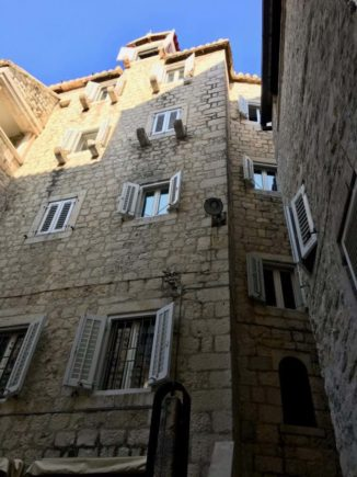 Homes within walls of the Diocletian Palace