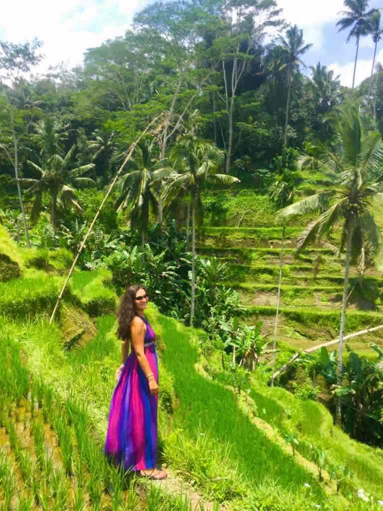Milijana Gabrić, the travel blogger of WorldTravelConnector.com in Tegalalang rice terrace near Ubud in Bali I Ubud rice terraces are must-see Bali rice terraces