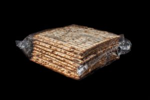 Matzah bread is popular Jewish food in Israel   I Most Popular Food in Israel I Famous Israeli Food I Best Israeli Dishes  I Food from Israel I Top Israeli Foods I Israeli cuisine #Israel #Food #Dishes #Traditional #MiddleEastern #Cuisine #best #Foods
