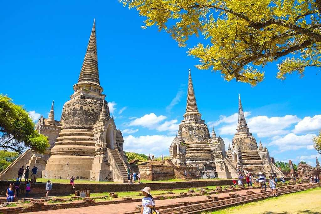 Ayutthaya temples  I 10 Days Thailand Itinerary I Thailand Itinerary 10 Days I Best Things to do in Thailand in 10 days I Best Things to See in Thailand in 10 days I