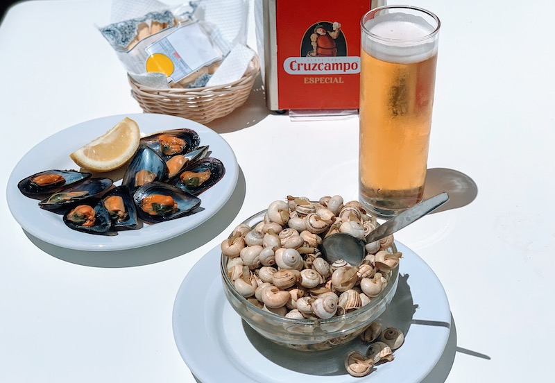 A tapas bowl with Spanish snails