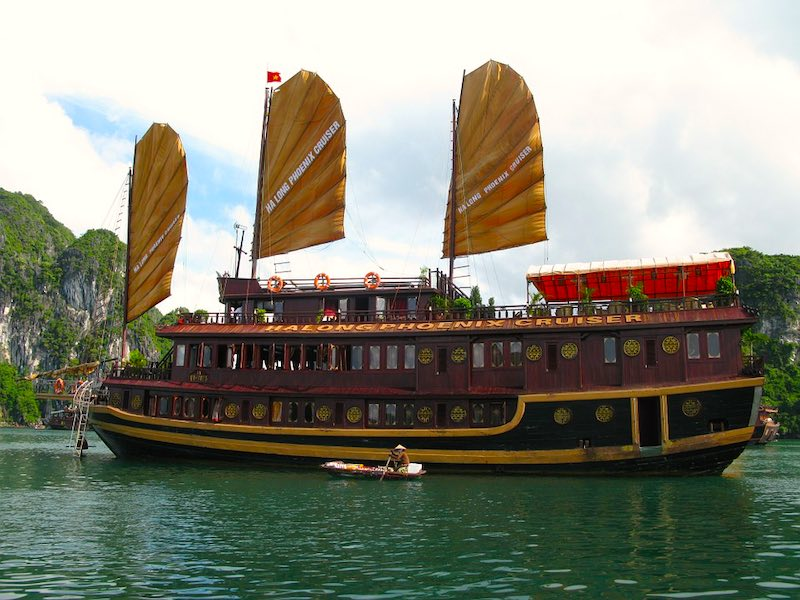 Best time to visit Halong Bay in Vietnam is from September to November