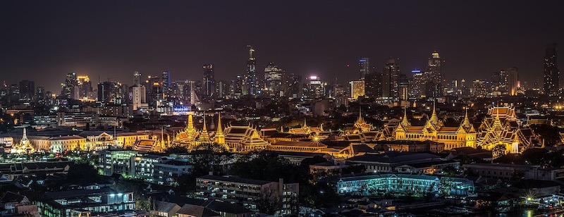 Enjoying Bangkok city by night is one of the best things to do in Bangkok