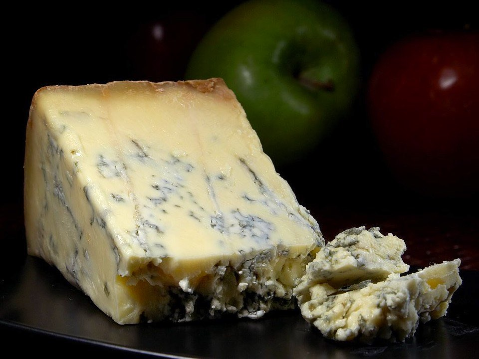 Stilton cheese is one of top famous foods coming from England I British cuisine I Traditional British Foods I Most Popular British Foods I Best Foods in Britain I Traditional British Dishes I Famous British Food I I uk foodI I food in the uk I uk foods I British Cuisine I english foods