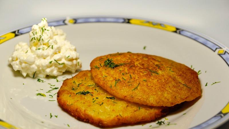 Latkes to popularne jedzenie w Izraelu