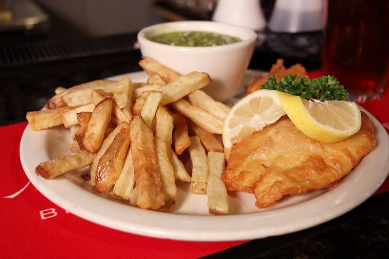 Fish and chips is a top must-try British foods in Britain I British cuisine I Traditional British Foods I Most Popular British Foods I Best Foods in Britain I Traditional British Dishes I Famous British Food I uk foodI I food in the uk I uk foods I British Cuisine I english foods