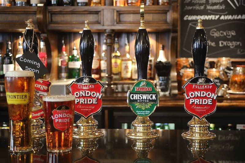 British beer is some of must-try British foods in Britain I British cuisine I Traditional British Foods I Most Popular British Foods I Best Foods in Britain I Traditional British Dishes I Famous British Food