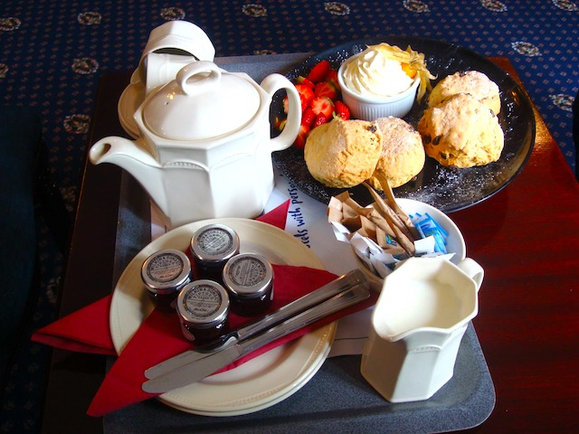 Scones, jam and clotted cream is one of the top must-try British foods in Britain I British cuisine I Traditional British Foods I Most Popular British Foods I Best Foods in Britain I Traditional British Dishes I Famous British Food I uk foodI I food in the uk I uk foods I British Cuisine I english foods