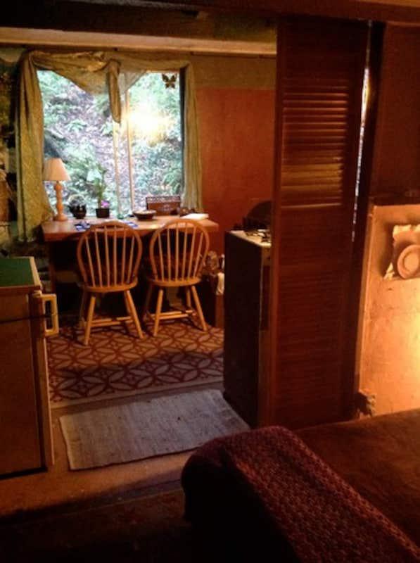 Lotus Blossom Cabin