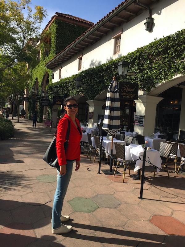 Milijana Gabrić in State Street in Santa Barbara in California