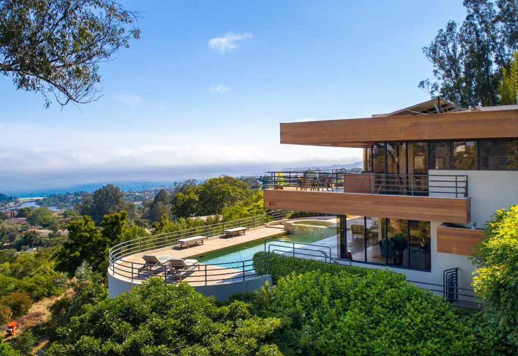 The best luxury Santa Barbara airbnb