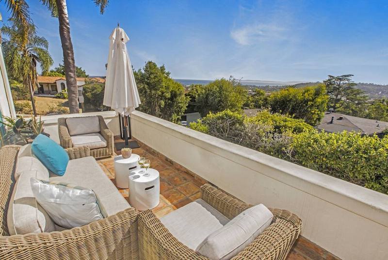 Villa Riviera Balcony