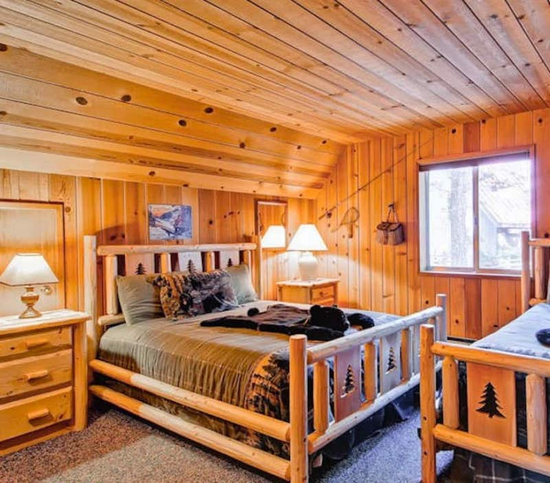 This cabin is one of the most pet-friendly cabins in Yosemite