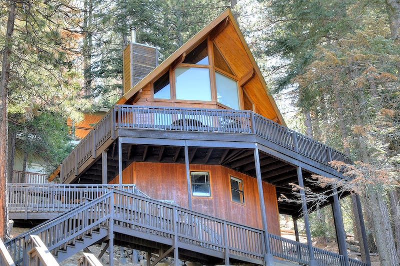 This cabin is one of the best cabins in Yosemite NP