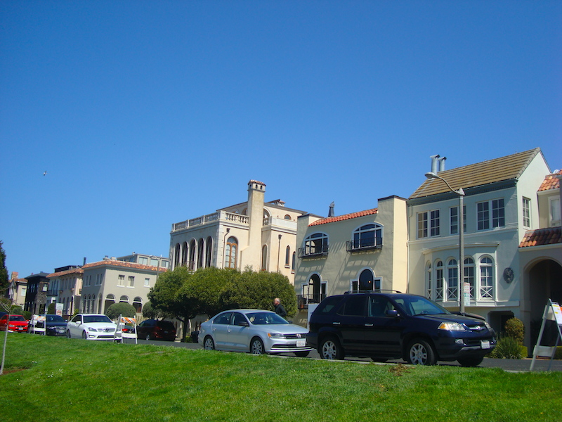 Marina district is one of the best areas to stay in San Francisco