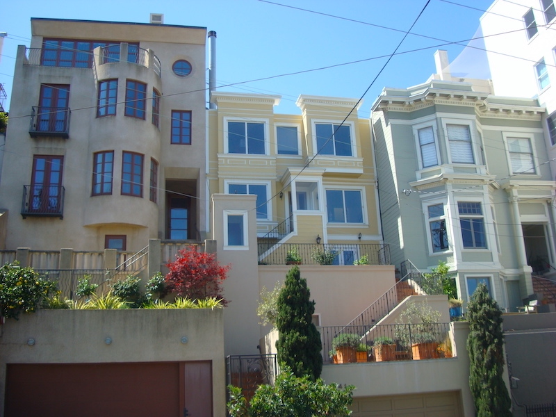 Russian Hill is one of the best areas to stay in San Francisco