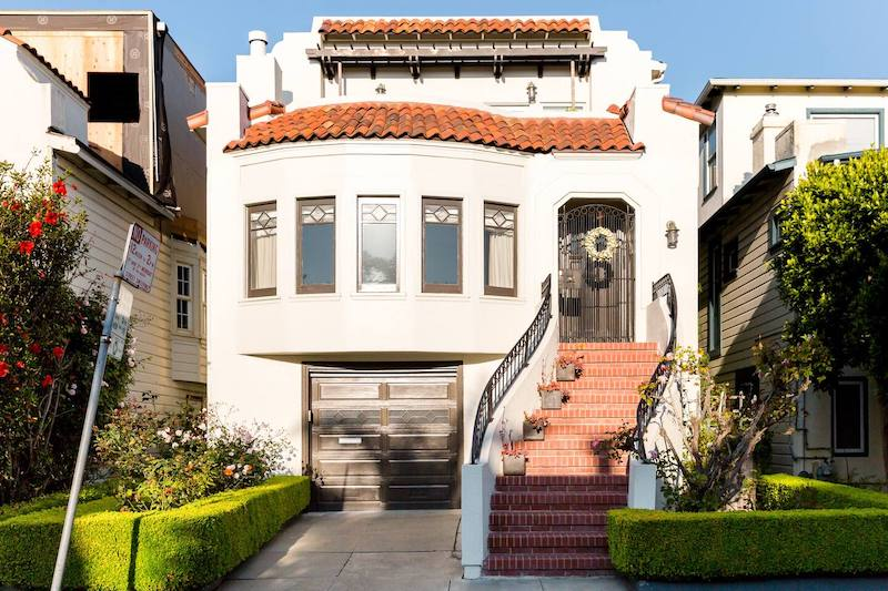 This house in Marina District is one of the best airbnbs in San Francisco