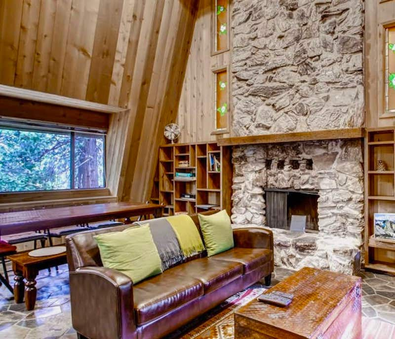 This cabin is one of the best cabins in Yosemite