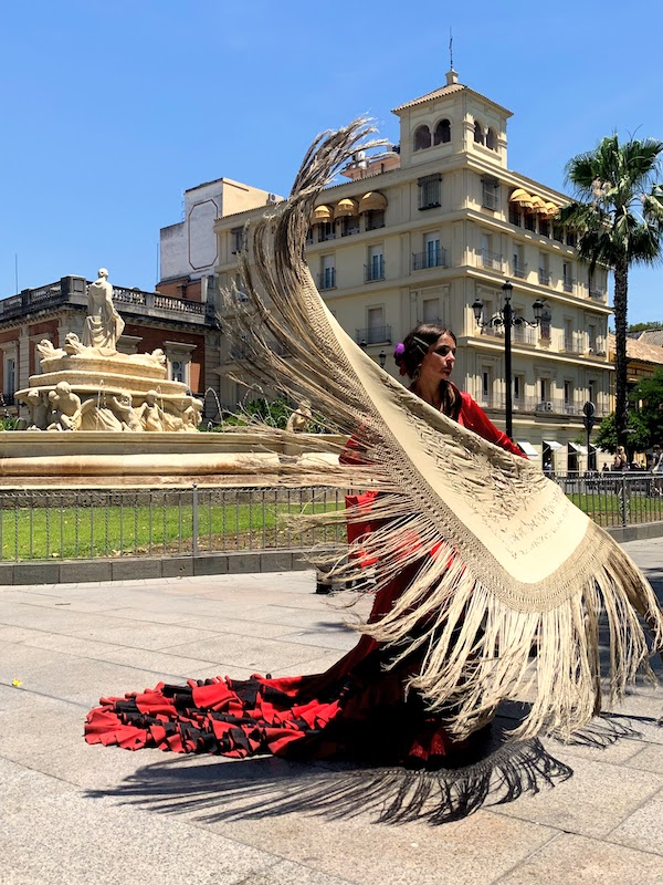Watching flamenco is Seville is one of the best things to do in Seville